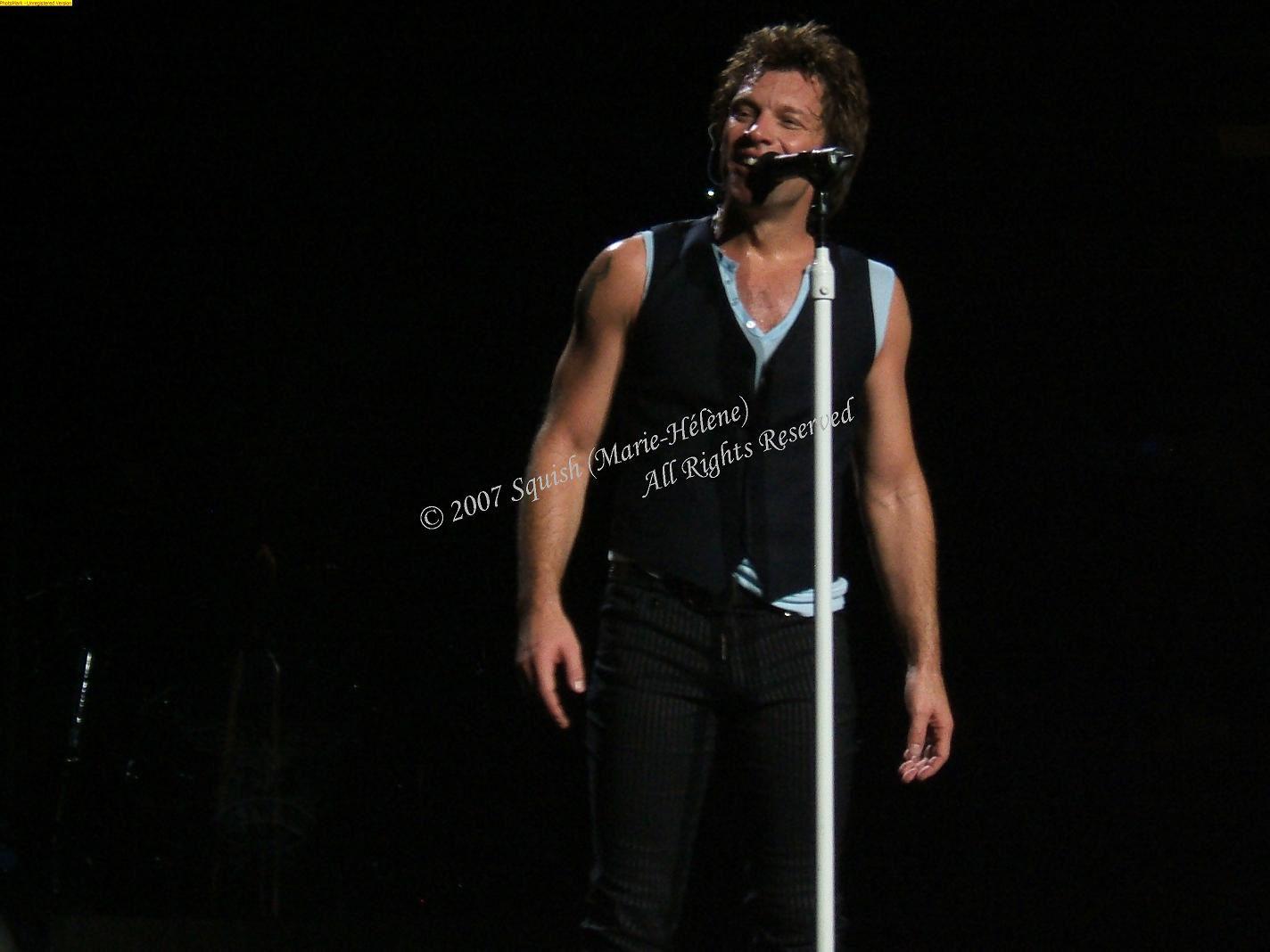 Bon Jovi - Bell Centre, Quebec, Canada (November 15, 2007)